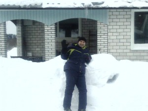 Этой зимой в дом пробираться труднее :))