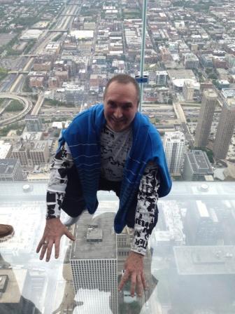 Стеклянный 130 этаж небоскрёба Чикаго